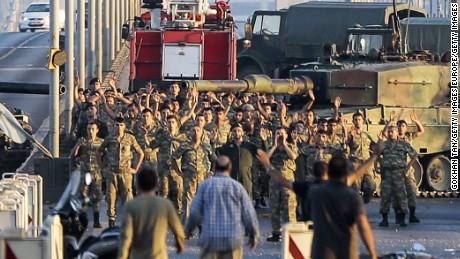 کودتای ترکیه و شرایط پناهجویان دگرباش ایرانی