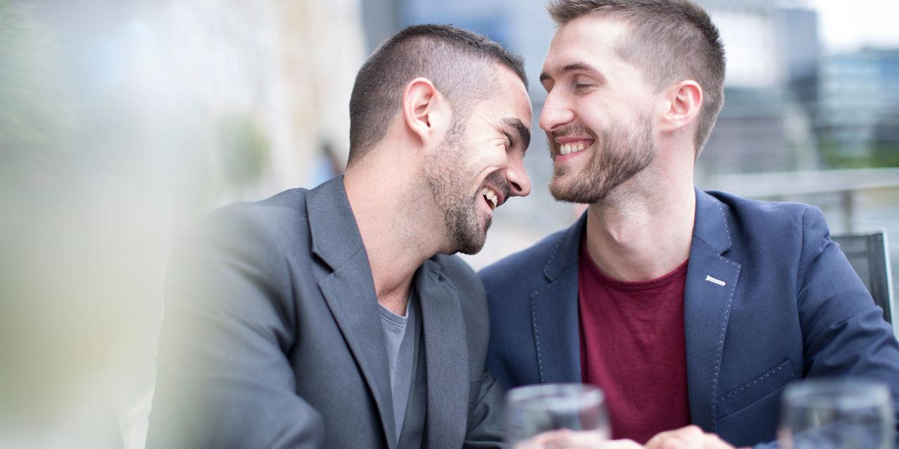 ده تا از بزرگترین دروغهایی که درباره مردان همجنسگرا نقل می شود